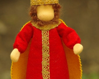 Waldorf table puppet - King // Fairy Tale