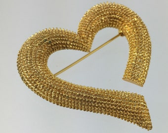 Freeform Abstract Valentine Heart Brooch - Nubby Gold Texture