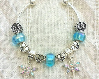 Live Laugh Love Peace Heart Glass Beads Rhinestone Dragonfly Charm Silver Plated Lined Bangle Bracelet 7.5 Inches