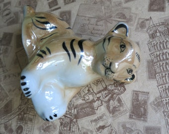 Porcelain figurine Vintage Soviet Union in 1970! Little tiger porcelain figurine vintage ceramic ussr tiger