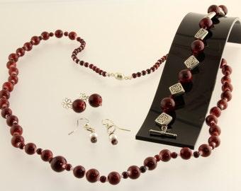Burgundy Red Celtic Mother/Daughter Necklace, Bracelet and Earring Set