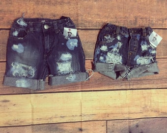 Ultra distressed shorts