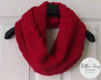 Deep red cowl, infinity scarf, adult scarf, winter scarf, autumn, fall scarf, warm scarf, red cowl, snood, crochet cowl, crochet scarf