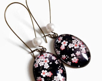 Earrings * flowers * cherry blossoms washi * sakura Japan black pink glass cabochon