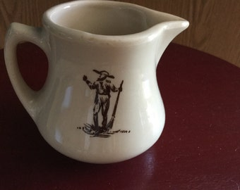 WELLSVILLE CHINA CREAMER     1950's Restaurant China
