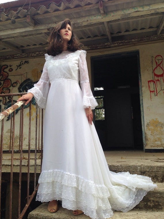 Wedding Dresses For   Second Hand : Sale beautiful vintage wedding dress second hand by shpirulina