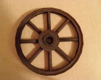 Antique look wagon wheels