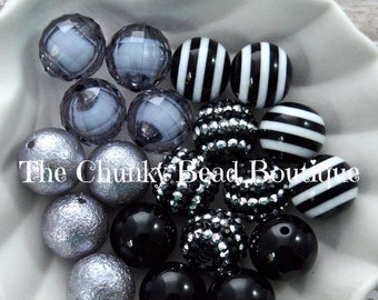 20mm black and silver bead assortment