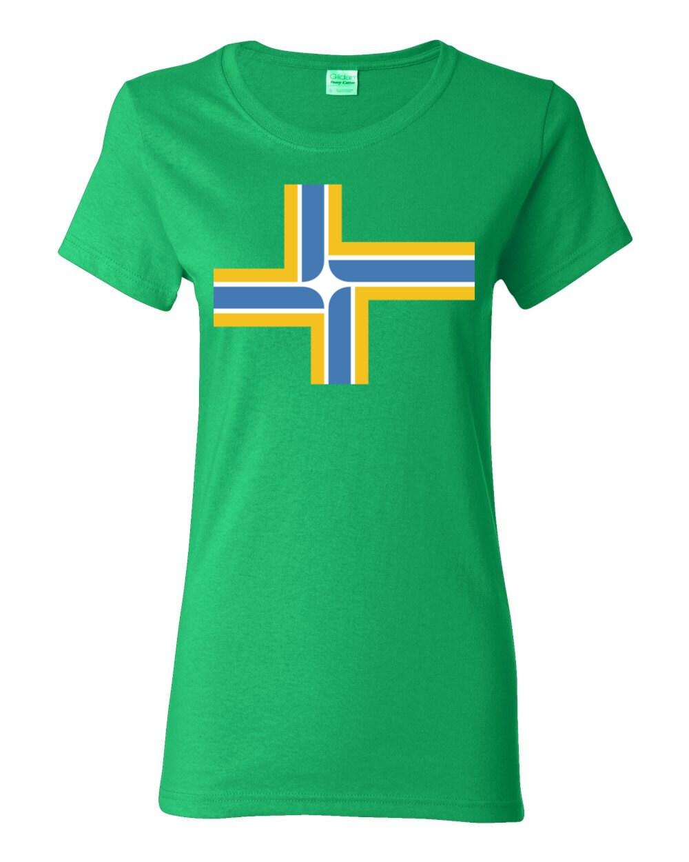 Portland T-shirt - Portland Oregon City Flag - Portland Womens T-shirt