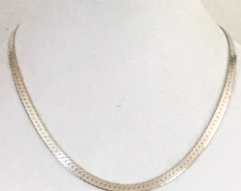 Vintage sterling silver herringbone necklace clean and shining