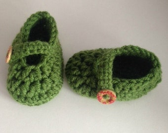 Green Crochet Baby Booties 3-9 months Mary Janes Baby Shower Gift