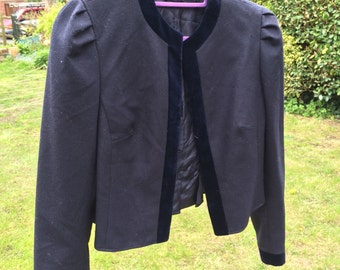 Gorgeous Tyroler Loden wool cropped jacket