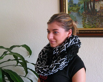 Knitted scarf, Hand crochet infinity scarf, Knit infinity women scarf, Knit women scarf, Women scarves, Black & White scarf