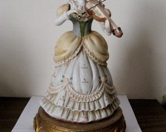 Schubert Serenade Musical Doll