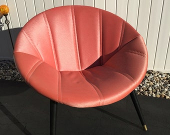 Mid Century Salmon Saucer Chair By Melbourne
