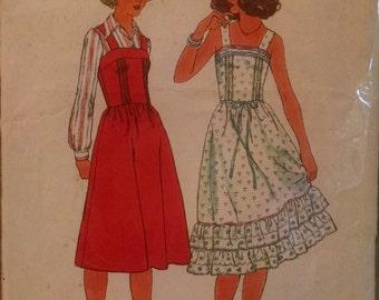 Simplicity 8015 vintage women's dress sewing pattern