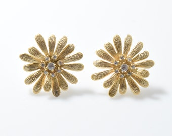 Flower Post Earring. Wedding Earring. Cubic Zirconia, 925 Sterling Silver Post. 16K Matte Gold over Brass- 2pcs / RG0054-MG