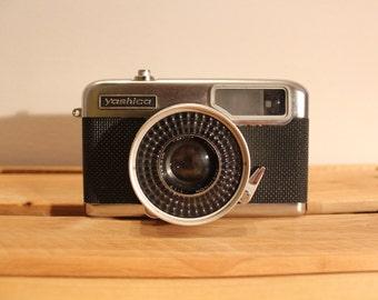 Vintage Yashica Half 17 EE Rapid Camera