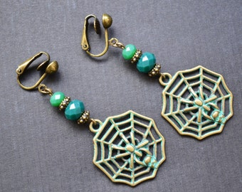 Spider web earrings, green pendant beaded clip on earrings, non pearced earrings, gift for friend