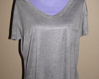 Plus Size Tee - V Neck = Front Pocket -Basic T Shirts Short Sleeve Casual Tee