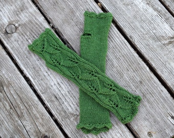 Green leaves gloves,  crochet armwarmers, long lace fingerless gloves, fingerless mittens, mothers day gift, Ready to ship