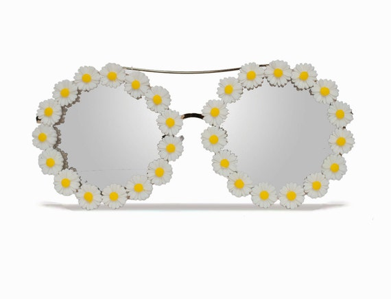 Savannah Daisy Round Flower Sunglasses Coachella
