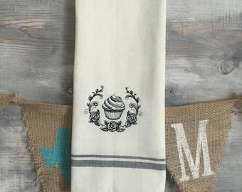 Retro Cupcake Tea towel