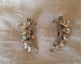 WEISS Signed Vintage Large Crystal Clear rhinestone clip on earrings,