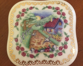 """Vintage 1989 Heritage House Classics Limited Edition Fine Porcelain Music Box """"Star Dust"""" Collectible Music Box"""