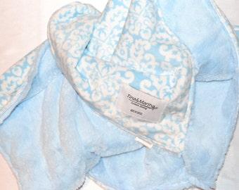 Plush blanket blue, boy blankets, minky blanket, baby blankets.