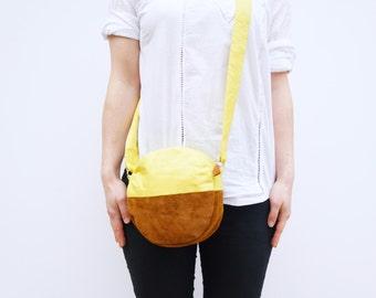 Beach Bag. Round Handbag/Purse.