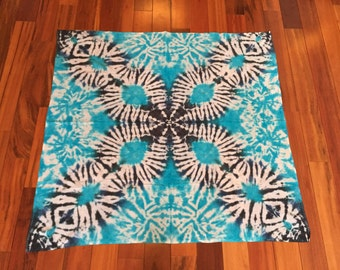 Waves Tie Dye Tapestry