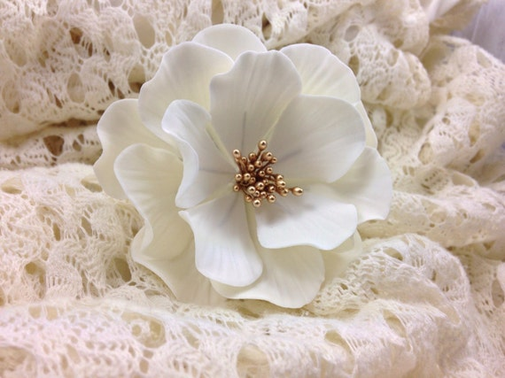 White and Gold Open Rose Sugar Flower for wedding cake toppers, birthday decorations, bridal shower, gumpaste flower bouquets, fondant decor
