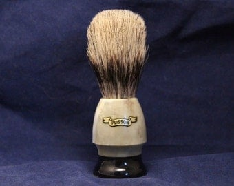 Vintage PLISSON Shaving Brush NOS, Natural Bristle, plastic handle, Size 14 C good
