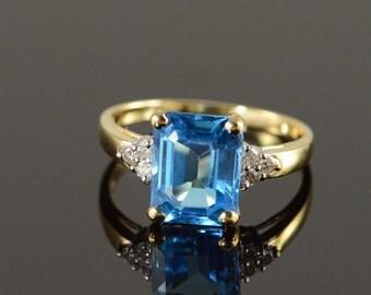 14K 3.60 CTW Blue Topaz Diamond Ring Size 7.25 Yellow Gold