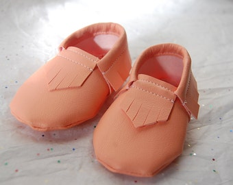 Melon Baby Moccasins | Faux Leather Moccasins | Vinyl Coral Moccasins | Affordable Toddler shoes | Helmi Made