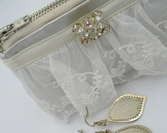 Wedding Pouch, Bride to Be, Bridemaid Earring/Jewellery Pouch or small clutch