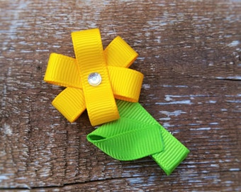 Super Cute Spring Flower Hair Clip / Non Slip Clip / Fully Lined Hair Clip / Ribbon Sculptured Flower / Tiny Yellow Flower / Adorable Pin