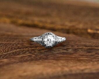 Antique Edwardian 0.58 CTW Diamond Engagement Ring