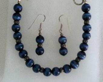 Sterling Silver Vintage Cobalt Blue Cats Eye Bracelet and Earrings Set