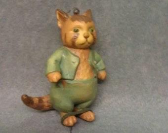 F Warne 1980 Italy Cat Figurine Ornament