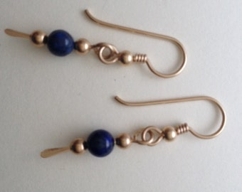 Delicate  goldfilled  dangle earrings with bead.