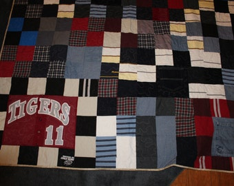 T shirt Memory Quilt, Memory quilt for Son, Denim memory quilt, Sympathy quilt, Quilt made from loved one's clothing,Twin size memory quilt