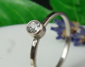 White topaz Ring  3.5mm, Sterling Silver 935, Purple,Handmade,Stacking Rings