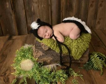 Newborn skunk set, skunk hat, skunk bonnet, photography prop, animal hat