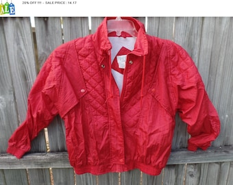 20% OFF !!!!  1980's PETITE Sophisticate red quilted nylon jacket coat - women's petite -