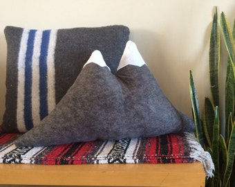 Double Peak Mountain Pillow - Flannelette