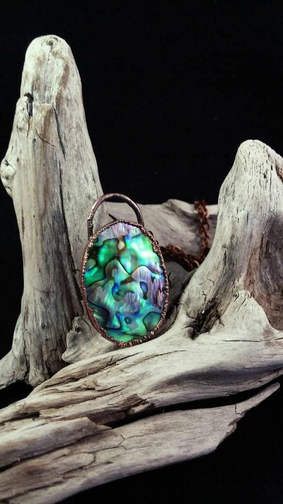 Electroformed Australian Abalone Shell-Paua Shell Pendant with Copper Chain - Shell de Paua Electroformado Collar de cobre