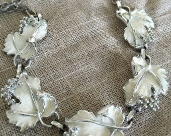 "Vintage Sarah Coventry silver and white enamel grape leaf 17"" necklace"