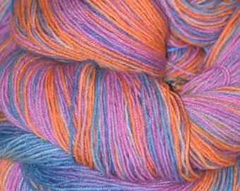 Hand dyed yarn, salmon yarn, handpainted yarn, hand dyed sock yarn, colorful variegated yarn, warm wool yarn, superwash yarn, 4ply yarn